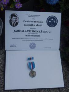 Vyznamenání za službu vlasti in Memoriam