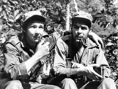 Raul Castro a Che Guevara