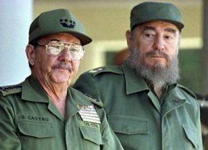 Raul a Fidel Castro