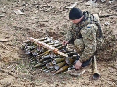 Ukrajinský voják a munice