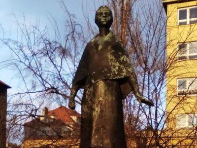 socha Jožky Jabůrkové