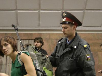 Naděžda Tolokonniková zadržená v Moskevském metru, 2011