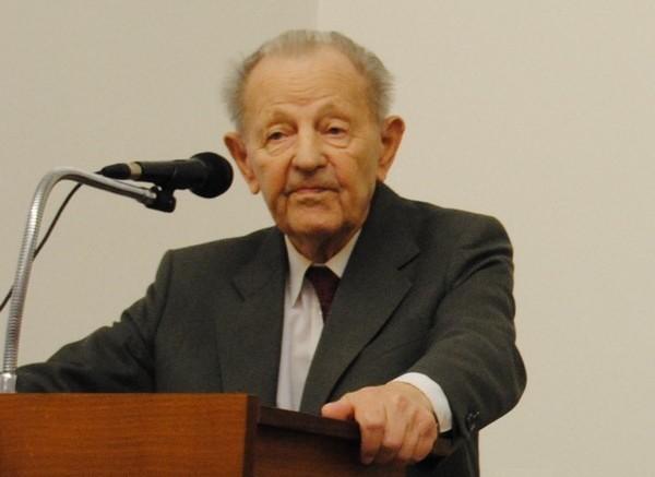 Miloš Jakeš 2016